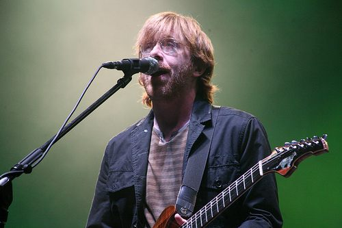 trey phish performing