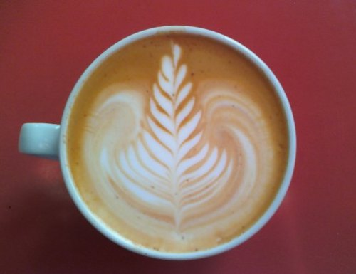Red espresso Latte Art
