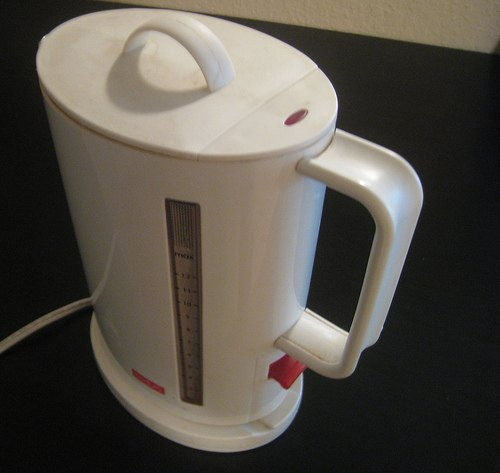 bodum-electric-kettle