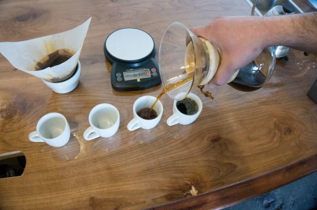 pour chemex coffee