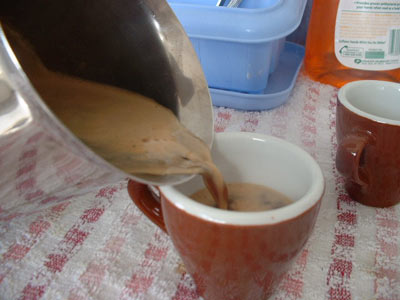 Serve espresso from moka pot into ceramic