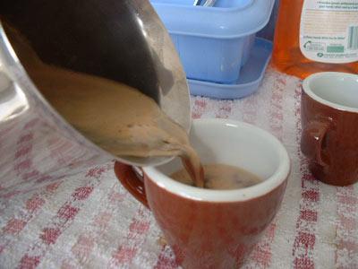 Serve espresso from moka pot into ceramic