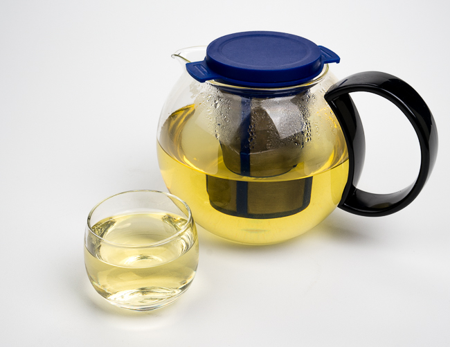 tea steep in glass teapot