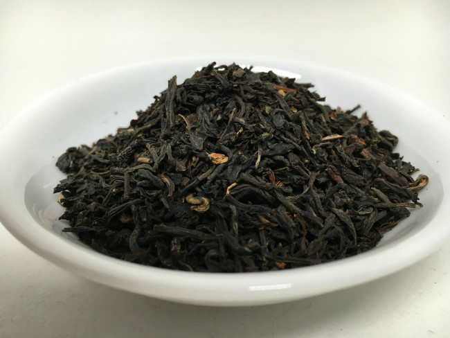 assam-tea-leaves