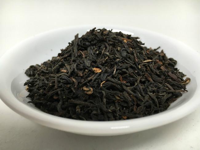 assam-tea-leaves