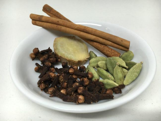 masala-chai-spices