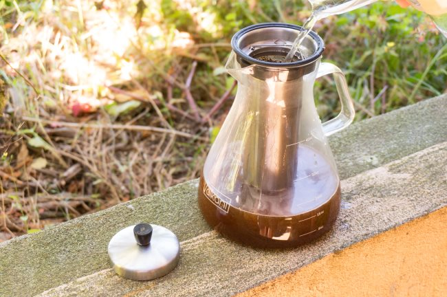 add water to cold coffee brewer slowly