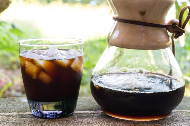serve iced chemex coffee