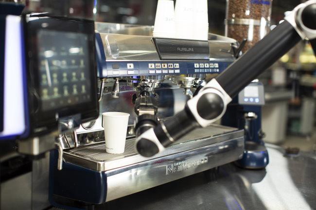 pulling the espresso shot
